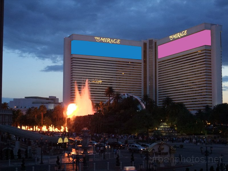 Mirage Las Vegas volcano eruption at sunset